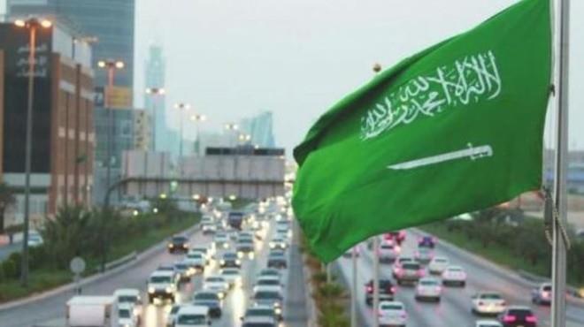 وفاة سعود القحطاني أثناء علاجه خارج السعودية