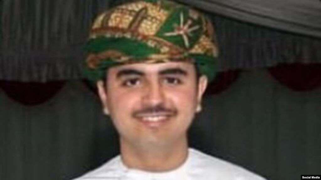 """""""ساعة روليكس"""" تتسبب في مقتل طالب عُماني في بريطانيا.. مقطع مصور يفضح القتلة"""