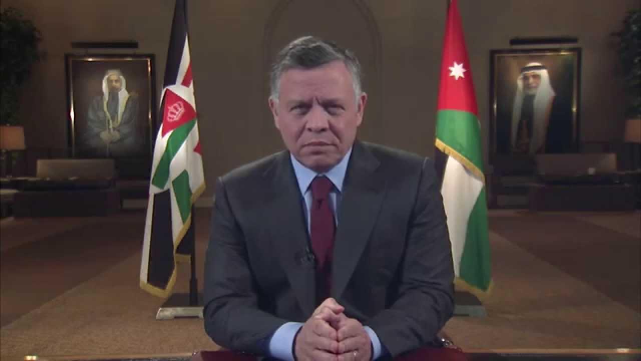 """شاهد.. عسكري أردني سابق """"ينفجر"""" في وجه الملك """"عبد الله"""""""