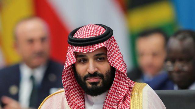 """""""الغادريان"""": الأمير خالد بن بندر آل سعود يفجر مفاجأة عن أهم قرار من محمد بن سلمان بعد التحول الأمريكي"""