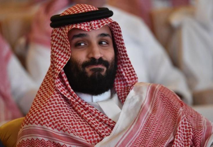 """كشف سرّ بكاء أميرة من """"آل سعود"""".. """"قضيت وقتًا مع محمد بن سلمان وهذا ما أقنعني به"""""""