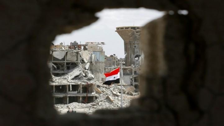 """غزو قاتل من نوع جديد يهدد مناطق سيطرة """"نظام الأسد"""""""