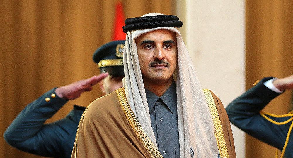 """بعد ساعات من زيارة """"بن سلمان"""".. أمير قطر يهاتف رئيس أمريكا"""