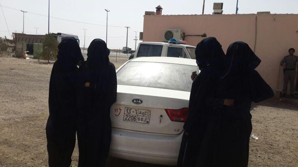 """ظهور """"عنتيل السعودية"""" في مكة.. وتفاصيل مثيرة عن ضبطه خلال سهرة حمراء"""