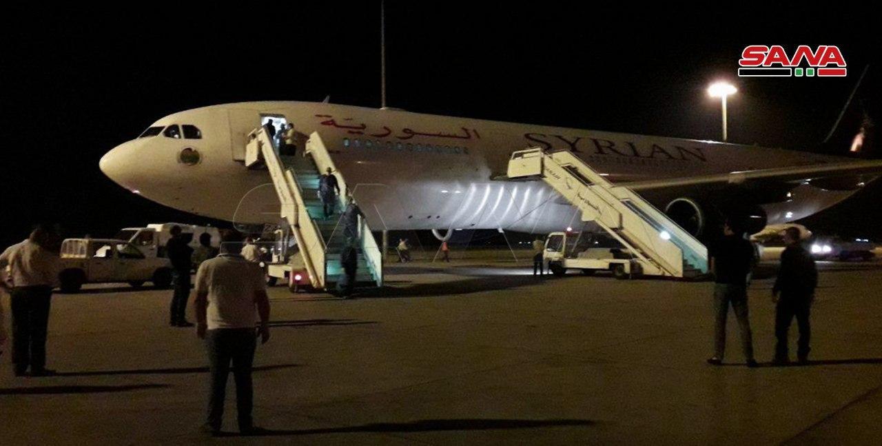 طائرة تصل منتصف الليل من الإمارات إلى دمشق.. ما هو السبب؟ (صورة)