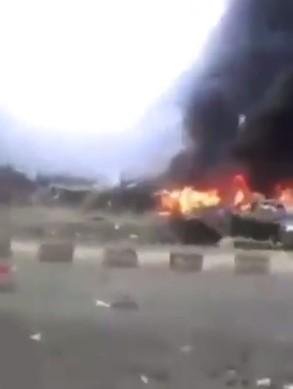مشاهد صادمة.. بكاء ودماء وأشلاء وجثث في سفارة السعودية بدولة إسلامية (فيديو)