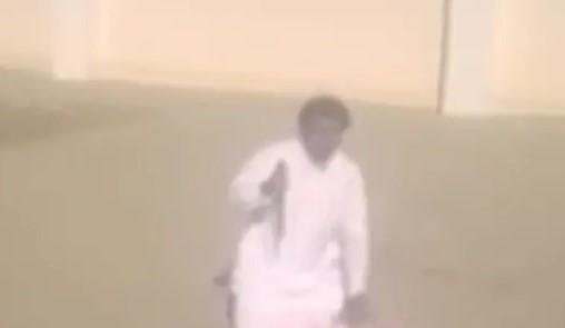 سعودي يخنق والدته بحديدة ويذبحها بسكين في مكة لسبب صادم.. وصدور أمر ملكي عاجل بحقه