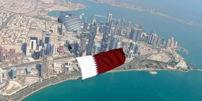 """البحرين تخالف أقوى أسباب """"بن سلمان"""" و""""بن زايد"""" لمقاطعة قطر (صور)"""