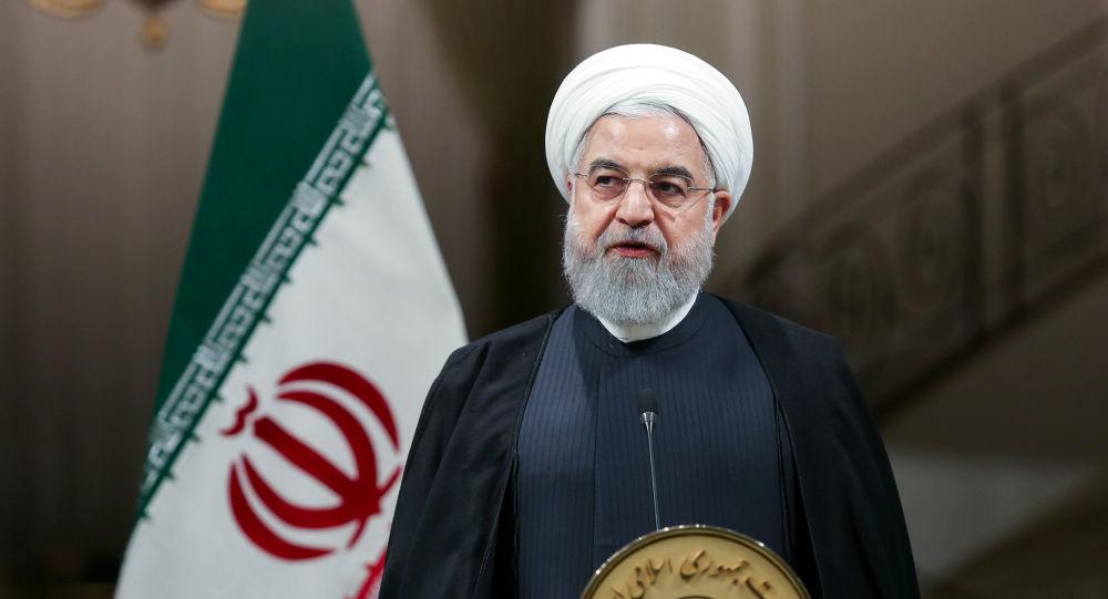 """لأول مرة.. """"روحاني"""" يكشف ماذا أرسل إلى """"الملك سلمان"""" مع رئيس وزراء باكستان"""