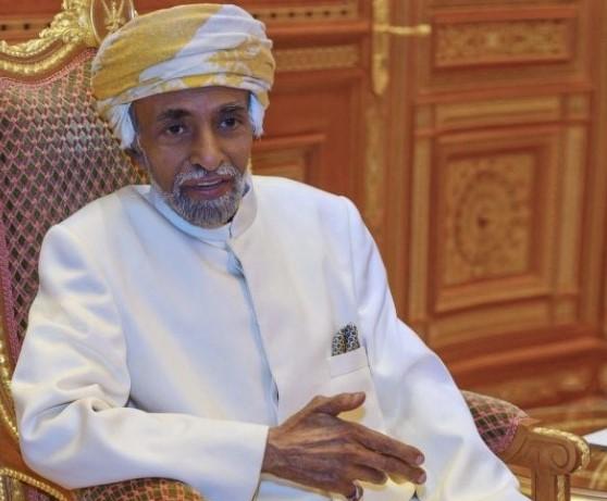 """على وقع أنباء موته سريريًا.. الكشف عن إجراء مفاجئ لـ""""السلطان قابوس"""""""