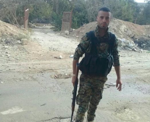 """بالفيديو.. صاحب مقولة """"الفرقة الرابعة لله تابعة"""" قتيلًا في معارك حماة"""