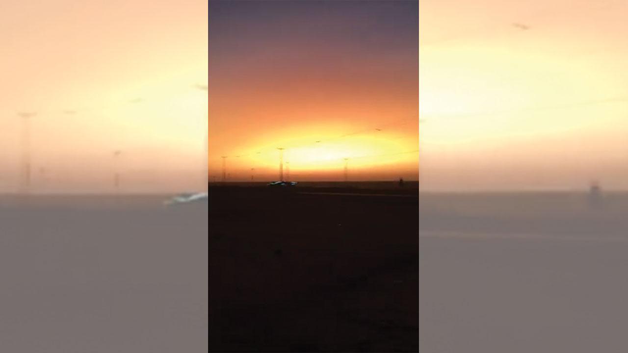 ظاهرة غريبة في السعودية.. الشمس تشرق بعد الغروب كأنه يوم القيامة (فيديو)