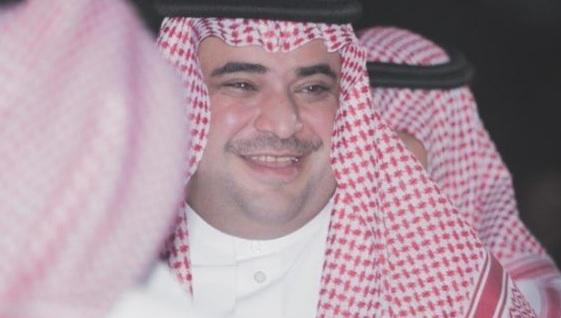 """بعد اختفائه الغامض وحذف حسابه بتويتر.. أمير من """"آل سعود"""" يفجر مفاجآت عن سعود القحطاني"""