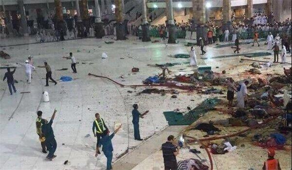 """حادثة صادمة بموقع لـ""""الحجاج"""" في مكة.. ورسالة من الأمير سلطان آل سعود (فيديو)"""