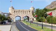 """سلطنة عُمان تؤجل من خطوة قد تكون لها عواقب """"وخيمة"""" على اقتصاد السلطنة"""