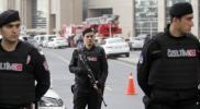دوريات أمنية في بورصة التركية توزع منشورات على السوريين.. هذا مضمونها