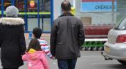 دورات إلزامية للاندماج للاجئين السوريين في تلك الدولة الأوربية