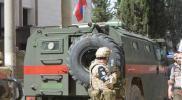 مفاجأة.. الشرطة العسكرية الروسية تتجول داخل مدينة منبج شرق حلب (فيديو)