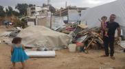 """الجيش اللبناني يزيل خيام داخل مخيم """"الريحانية"""" للاجئين السوريين (صور)"""