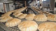 """أزمة """"خبز"""" تخيم على المناطق المحررة بسبب اقتتال الفصائل"""