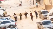 جريمة مروعة.. لحظة مقتل شاب على يد أشخاص مسلحين وسط الدانا بريف إدلب (فيديو)