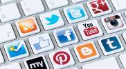 هل باتت وسائل التواصل الإجتماعي أداة لاستهداف الثورة ورموزها ؟