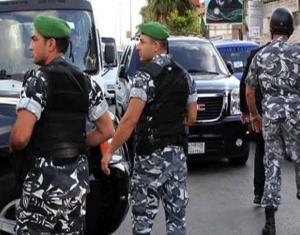 """على خطى """"البوعزيزي"""".. لاجئ سوري يحرق نفسه في لبنان"""
