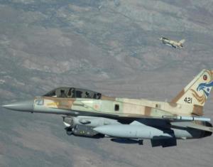 """إسرائيل تهدد بتدمير صواريخ """"إس-300"""" في سوريا"""