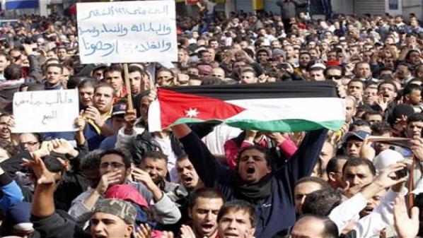 وقفات احتجاجية بالأردن للمطالبة بمكافحة 201211171243581.jpeg?itok=eZhhyDMi