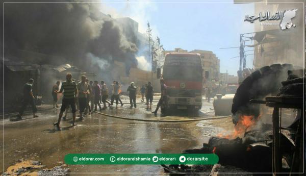 اندلاع حريق ضخم في مدينة معرة النعمان جراء انفجار مولدة كهربائية