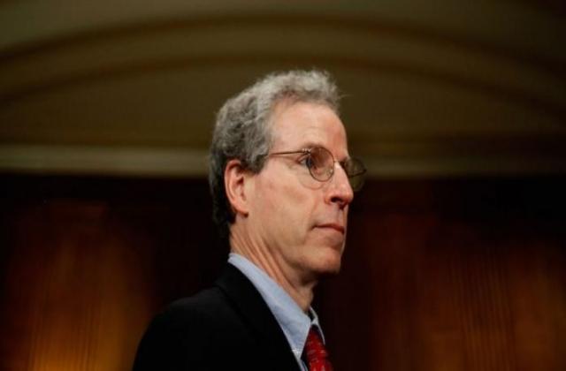"""توقعات """"روبرت فورد"""" بشأن إمكانية اندلاع حرب """"إسرائيلية - إيرانية"""" في سوريا"""