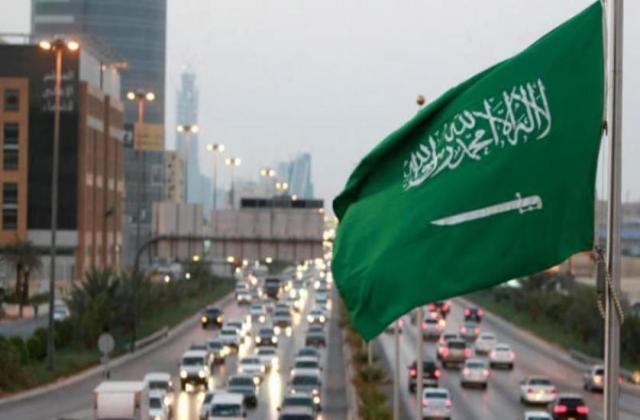 قرار جديد وعاجل من السعودية بشان تأشيرات الوافدين