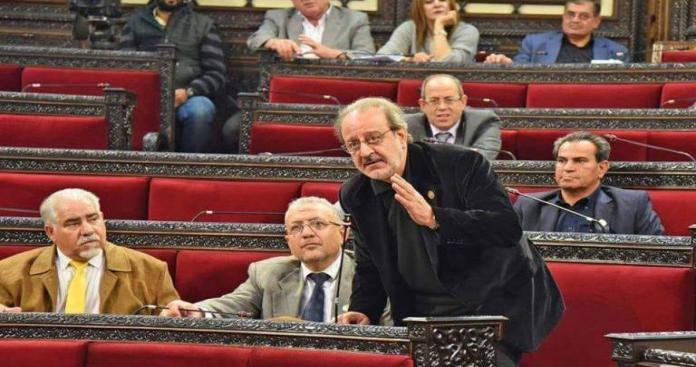 """نائب في """"ببرلمان النظام"""" يهدد بعدم انتخاب بشار الأسد بسبب المفسدين.. موالون يعلقون"""