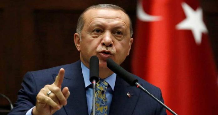 """""""أردوغان"""" يتوعد مرشح معارض لبلدية أنقرة بمحاكمته لهذا السبب"""
