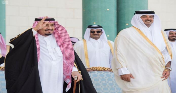 رسالة من الملك سلمان إلى أمير قطر.. وصحيفة تكشف فحواها