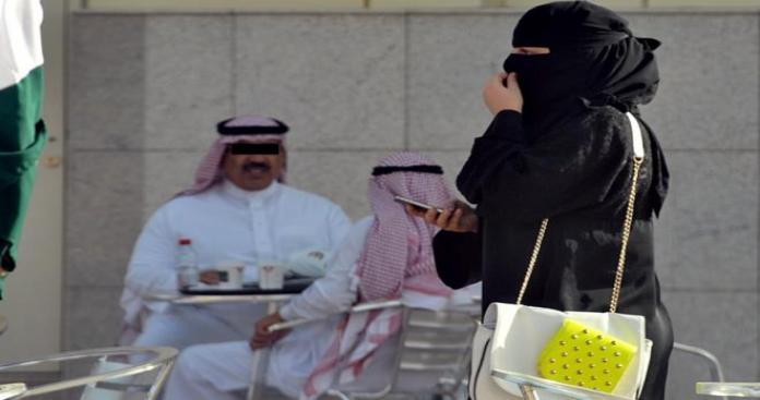 تفاصيل قضية ضد شاب مارس الفسق والإباحية في الطريق العام بالكويت