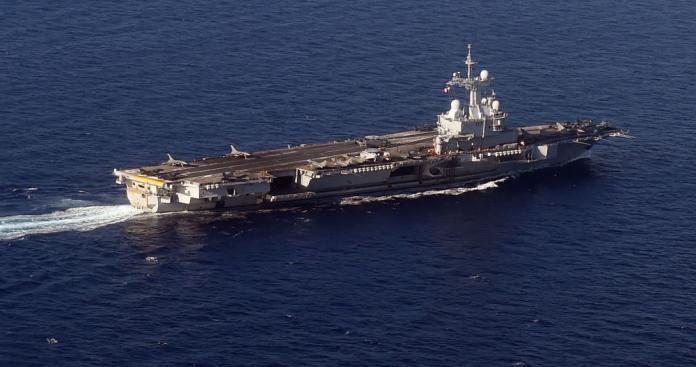هجوم إيراني بذلك السلاح.. أمريكا تكشف سبب تحركها العسكري بالخليج