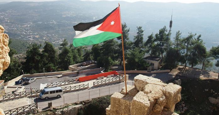 طريقة جديدة للاحتجاج بالبيض في الأردن