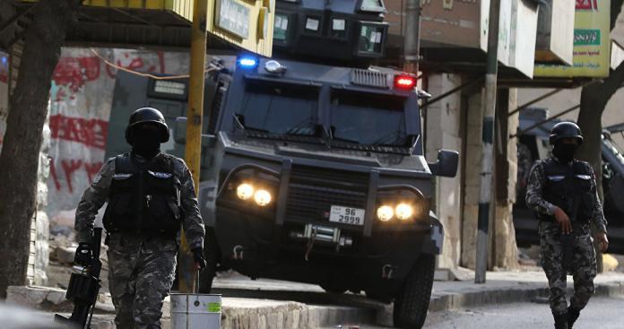 """تجدد إطلاق النار في """"عجلون"""" بالأردن.. ورفض للتهدئة"""