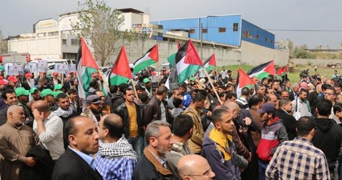 الأمن اللبناني يمنع مسيرة حاشدة نحو البرلمان.. ماذا يحدث؟!