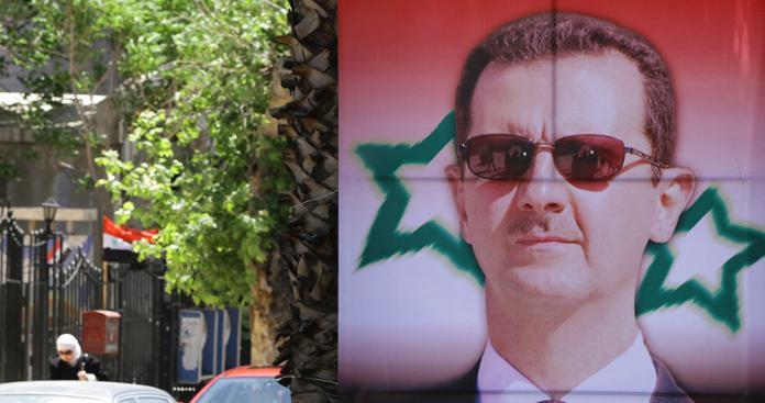صحيفة إسرائيلية تسرد أسباب فشل الفصائل العسكرية في إسقاط بشار الأسد