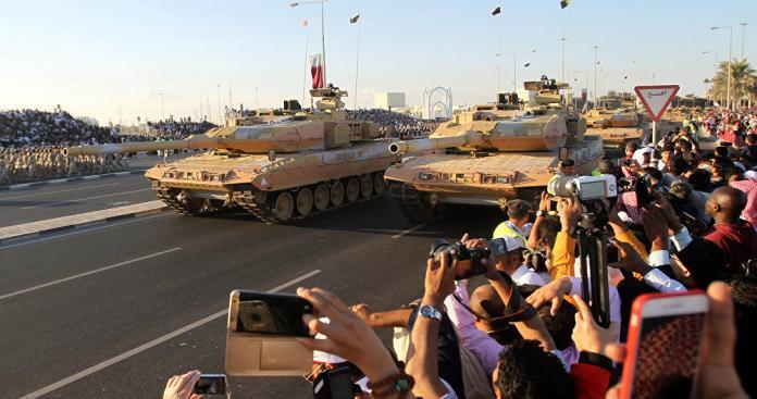 وصول 68 آلية عسكرية قطرية لتلك الدولة العربية