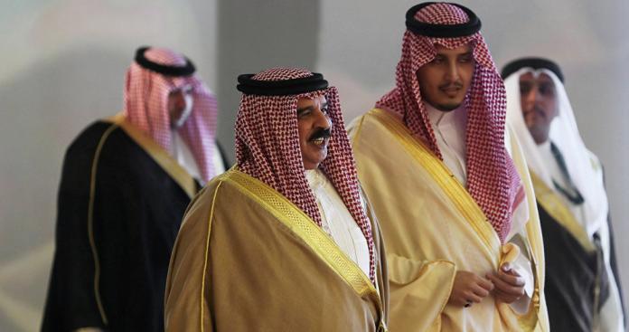 """خلافات داخل الأسرة الحاكمة بالبحرين.. والمنامة ترد """"رسميًا"""""""