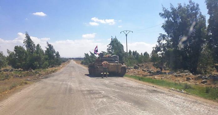 """""""قوات الأسد"""" تستثمر ألغام """"تنظيم الدولة"""" في حوض اليرموك بدرعا لابتزاز الأهالي"""