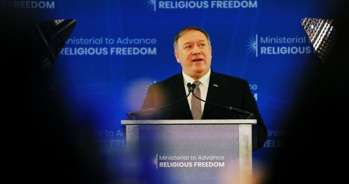 """وزير الخارجية الأمريكية يفجر مفاجأة """"غير متوقعة"""" حول التفاوض مع إيران (فيديو)"""