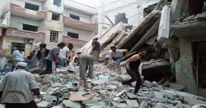 """الأسد يجدد قصفه على مخيم اليرموك بـ"""" براميل الموت"""""""
