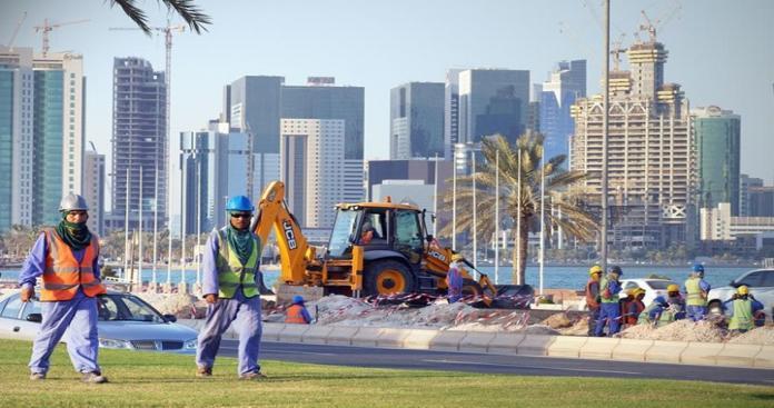 قطر تصدر قانون جديد بشأن العمالة الوافدة