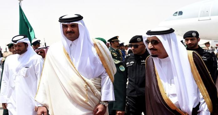 مصدر قطري مسؤول يكشف حقيقة حضور أمير قطر لقمة مكة