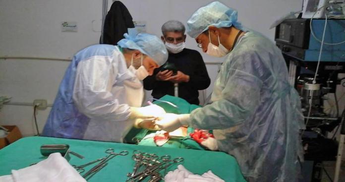 مراكز طبية في إدلب تُعلن استمرار عملها برغم وقف الدعم عنها