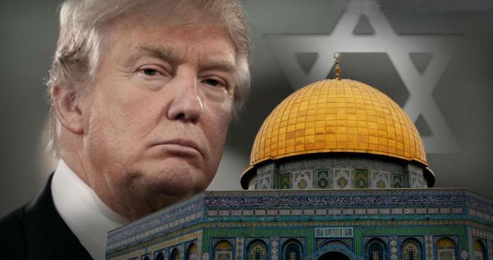"""""""ترامب"""" اختار """"قس"""" يسب الإسلام للصلاة باحتفالية نقل السفارة للقدس"""